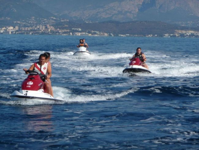 La Corse en jet-ski